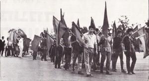 """ראש הטור של צועדי """"מצפן"""" נערך למצעד האחד במאי, במגרש ביפו"""